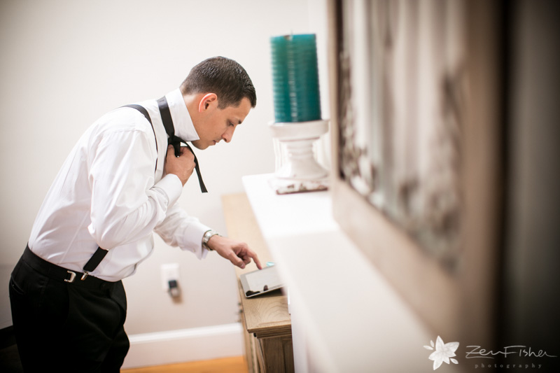 The State Room Boston Wedding, Groom getting ready, grooms attire, grooms portraits, boston bridal