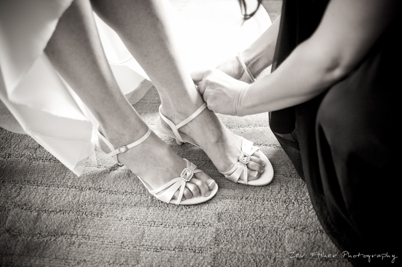 boston wedding photographers, boston bridal, zev fisher photography, bridal shoes, bridal portrait